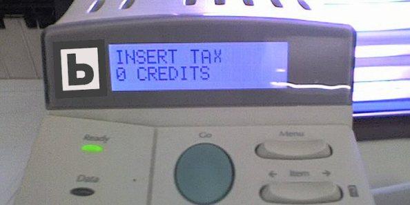 "Imagen: ""Insert coin"". Origen: Flickr. Licencia CC: BY-SA, autor Andy"
