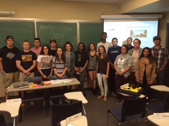 El grupo de estudiantes que realizará el seminario.